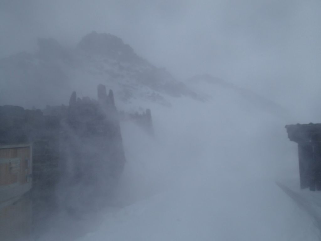 The stormy weather returned, sending us back into the  Camp Muir storm bunkers