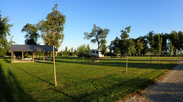 The Hawkeye Point RV park, right next to the highpoint was completely empty.